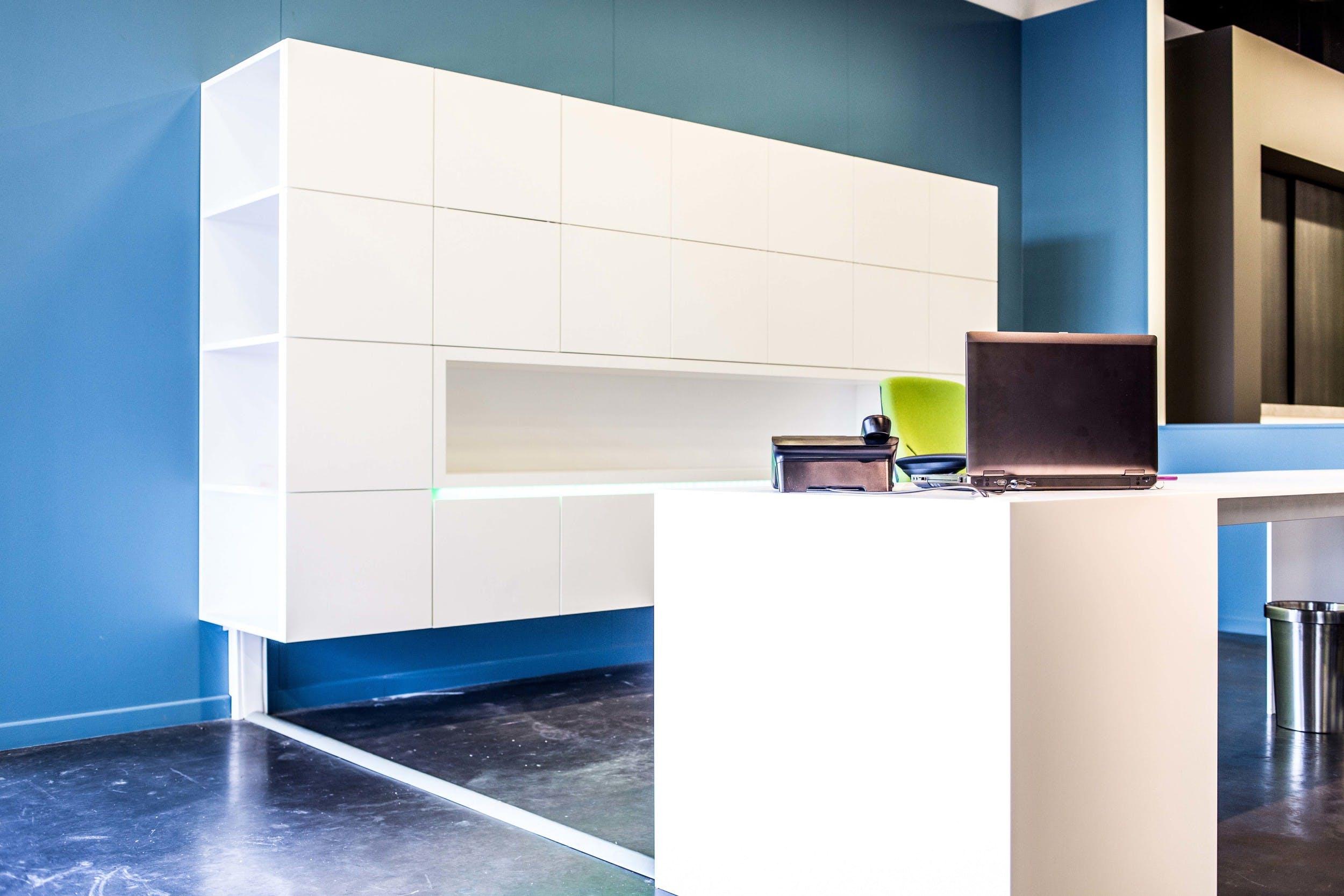 Ontdek Dit Strakke En Witte Bureau Vasco Keukens Interieur